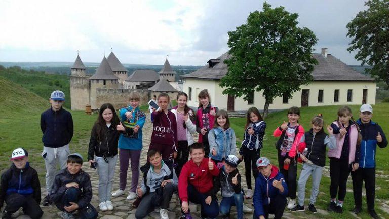 Гуртківці відвідали кришталеву печеру та Хотин